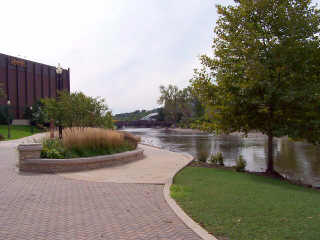 Fox River Trail brisk walk around Hemmens building